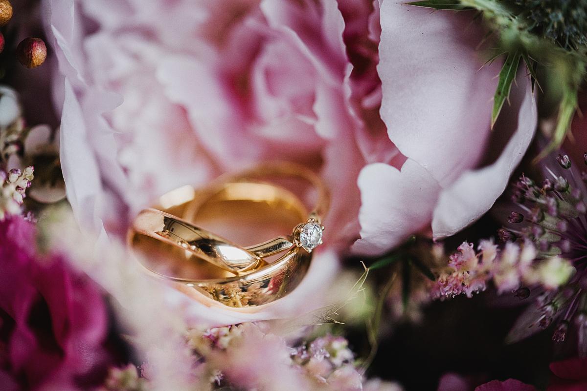 Detailsfotos einer Hochzeit auf Rügen - Inspiration für eine freie Trauung an der Ostsee auf Rügen