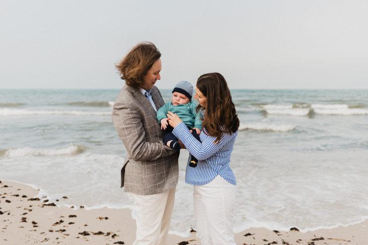 Familienshooting mit Baby in Binz - Babyfotografie Rügen - Familienfotograf Ostsee - Familienshooting Baabe und Sellin