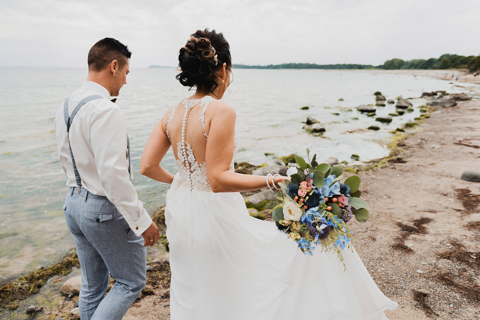 Braut - Göhren - Ostsee - Hochzeit - Hochzeitsshooting - After Wedding - Hochzeitsreportage - Bräutigam - Ostseeurlaub - Rügen