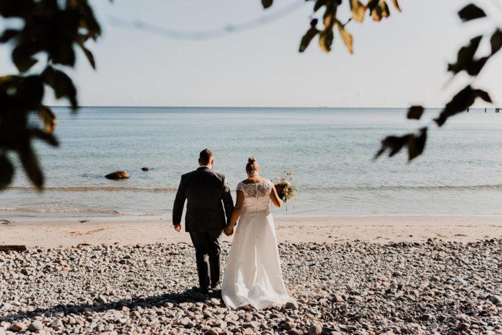 Pärchenshooting - Warnemünde - Hochzeit - Ostsee - Rostock - Paarfotografie - Pärchen - Brautpaar