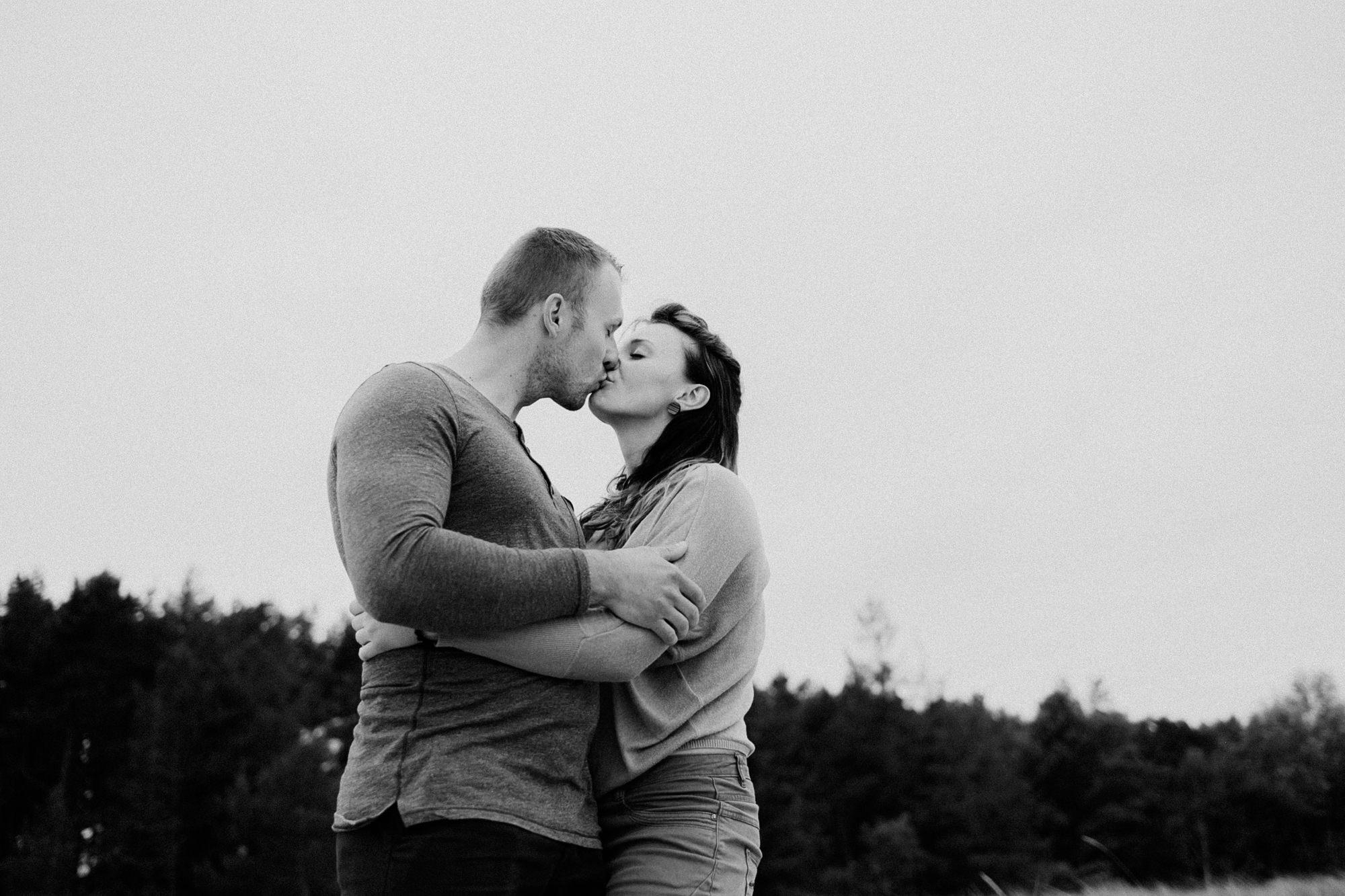 coupleshoot - baltic sea - Pärchen - verliebt - Fotoshooting - Ostsee
