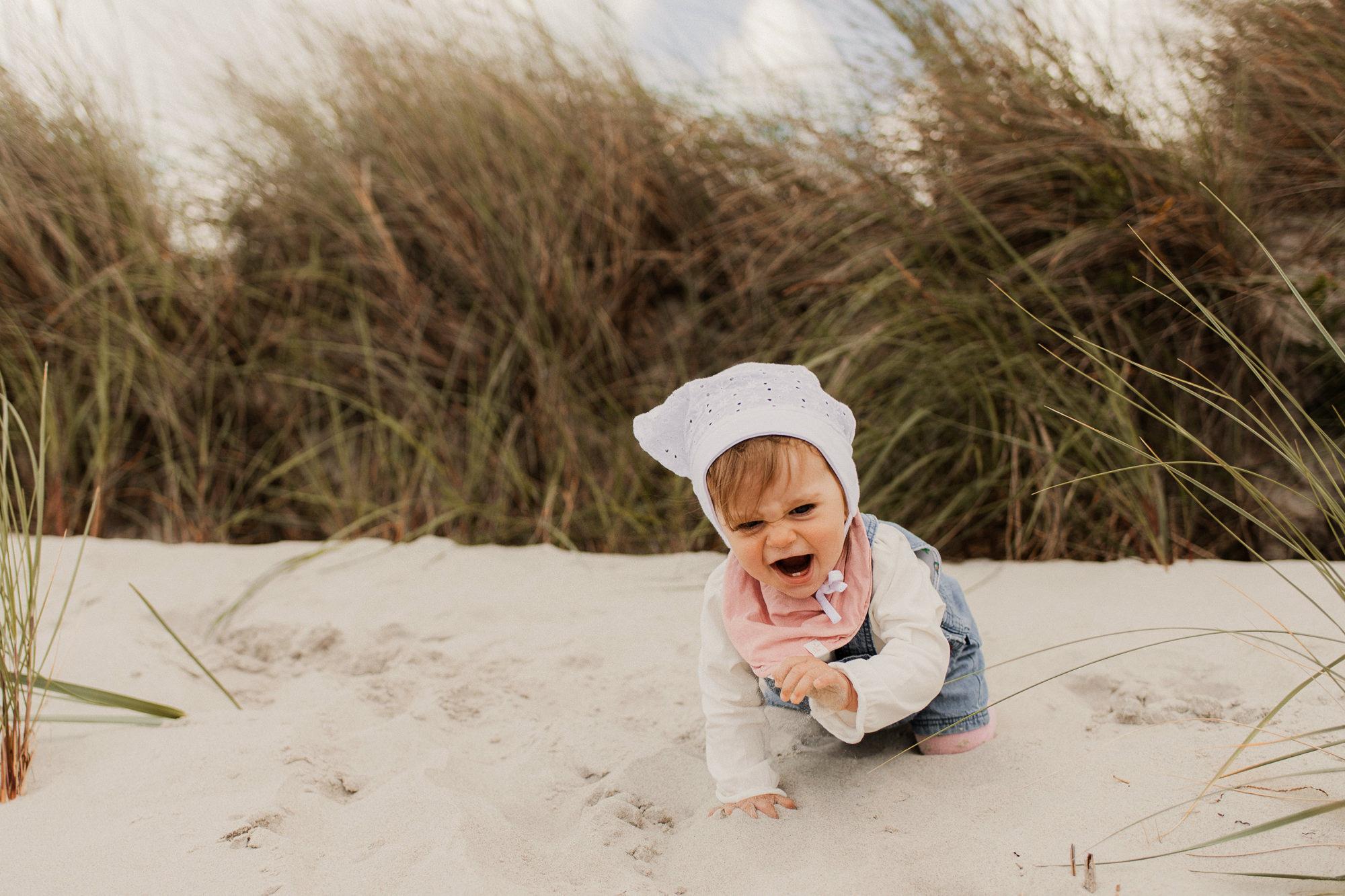 Babyshooting am Strand - Ostsee - Familienfotos - Zingst - Fischland Darß - Urlaub Prerow